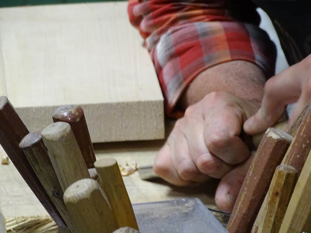 Visite de la chapellerie - Atelier de Formier Hats Blocks Laforest