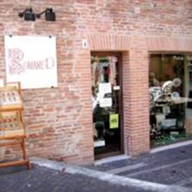 Romane D - Boutique