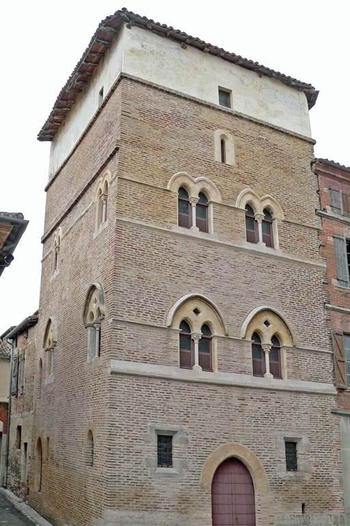La Tour d'Arles