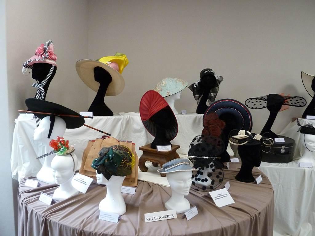 Exposition temporaire de chapeaux des Estivales
