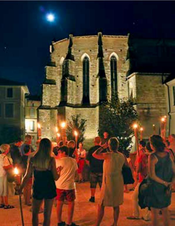 Nocturne aux flambeaux
