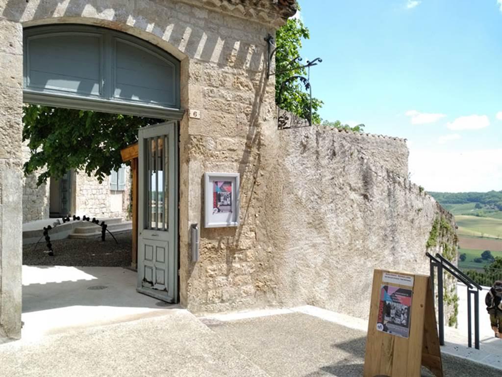Espace Points de Vue (espace expositions/vente)