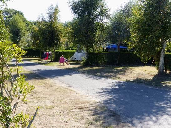 Camping-Kervilor-emplacement-La-Trinite-sur-Mer-Morbihan-Bretagne-Sud ©