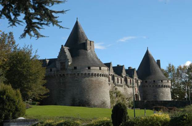 1-Chateau-des-Rohan-Pontivy-Morbihan-Bretagne-Sud © Chateau-des-Rohan
