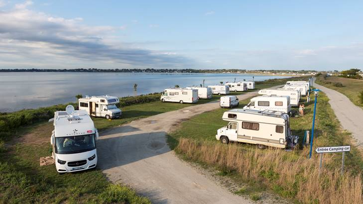 Aire de camping-car-0-Plouharnel-Morbihan © Fanch Galivel