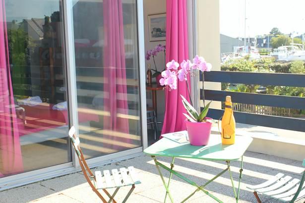 Terrasse-Chambre-Hôtel-Oasis-Bretonne-Arzon-Presqu'île-de-Rhuys-Golfe-du-Morbihan-Bretagne sud © Vert Mer