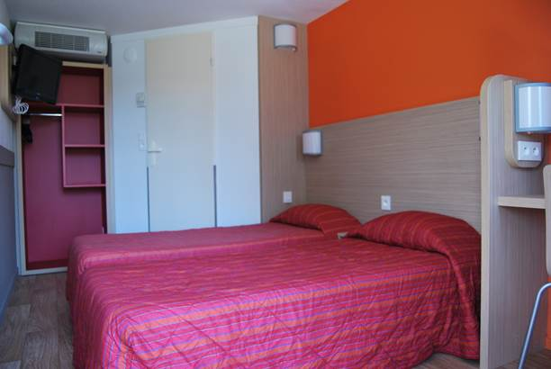 chambre avec 2 lits d'une personne ©