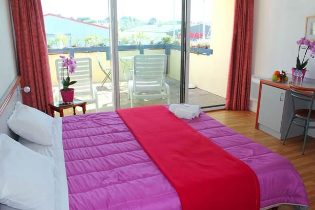 Chambre-Vue-Terrasse-Hôtel-Oasis-Bretonne-Arzon-Presqu'île-de-Rhuys-Golfe-du-Morbihan-Bretagne sud © Vert Mer