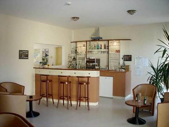Bar-Maison-Marine-Marie-Le-Franc-Sarzeau-Presqu'île-de-Rhuys-Golfe-du-Morbihan-Bretagne-sud © Maison Marine Marie Le Franc