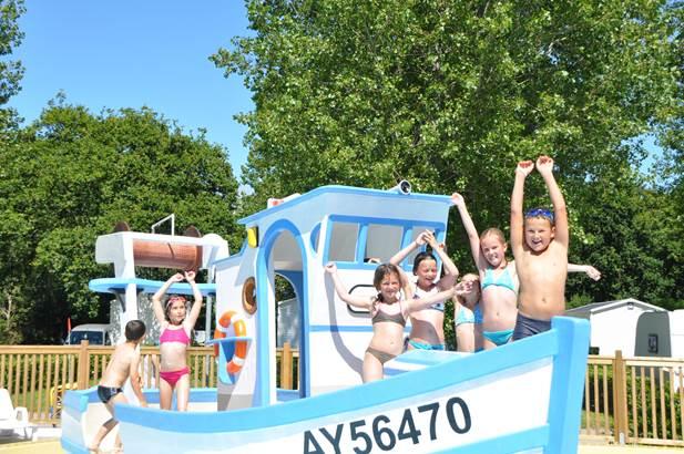 13-aire de jeux camping plijadur la trinité sur mer ©