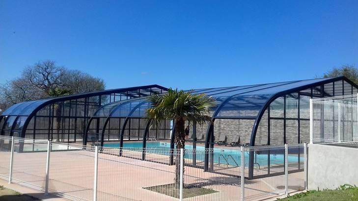 piscine-couverte-bretagne-vacances-kerfetan ©