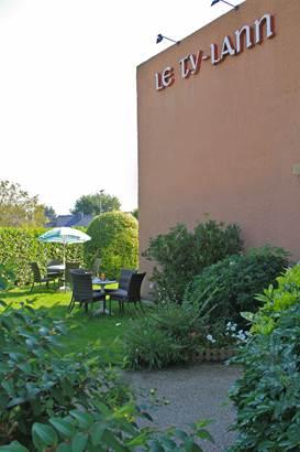 58-hotel-logis-letylann-saintave-exterieurs ©