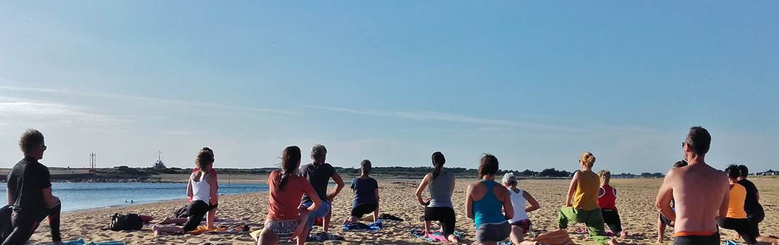 Yoga-plage-erdeven ©