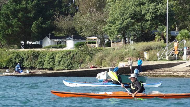 Départ-Kayak-de-Mer-Camping-de-Bilouris-Arzon-Presqu'île-de-Rhuys-Golfe-du-Morbihan-Bretagne sud © Camping Le Bilouris