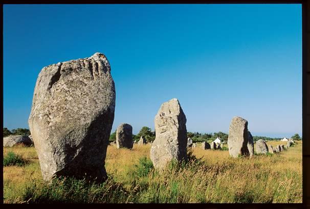 Les Mégalithes de Carnac à Proximité ©