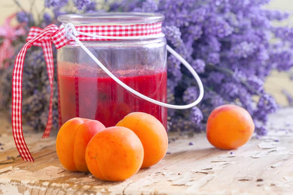 Compote abricot miel et lavande des Cévennes - Recette