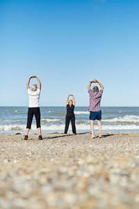 Gym douce sur la plage de la Source