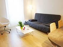 Appartement Geoffroy Saint Hilaire / 2 personnes / 1 pièce / 1 chambre / 18 m2
