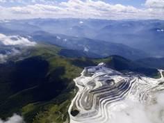Entre industrie et milieu naturel