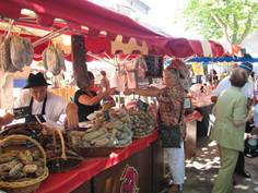 Marché artisanal de Saurat - juillet
