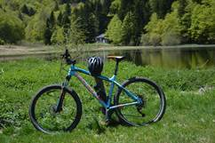 GUIDE DES ITINERAIRES VTT - PAYS DES PYRENEES CATHARES