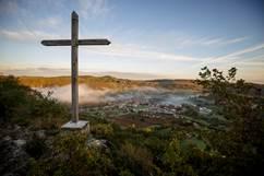 Chemin de Pierre et sentier de la Croix