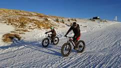 VTT sur neige et Fatbike avec le Bureau des Guides des Pyrénées Ariègeoises