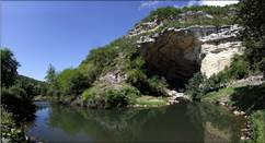 Tout autour de la Grotte