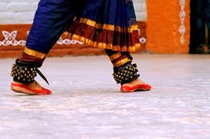 Alès : ST JEAN DU GARD - jeudi 13 août 2020 - Danse Indienne - L'Ange