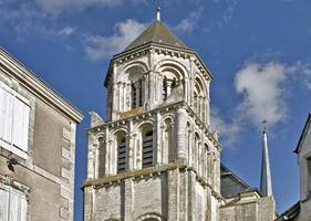 Sainte_Radegonde_Poitiers