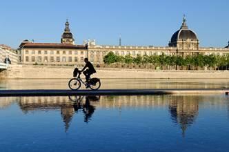 Visitez Lyon, à bicyclette !