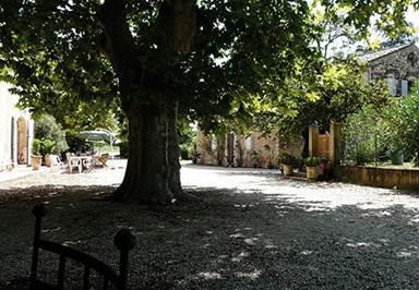 """Chambre d'hôtes """"Domaine du Pont d'Ardèche"""" – PONT ST ESPRIT – location Gard"""