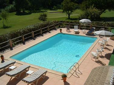 GOLF CLUB D'UZES piscine