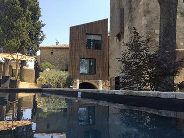 La Tour Sarrazine piscine