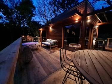 Lodge avec terrasse et jacuzzi