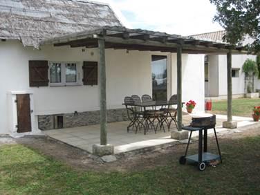 "Gîte ""Cabane de Gardian"" – AIMARGUES – location Gard"