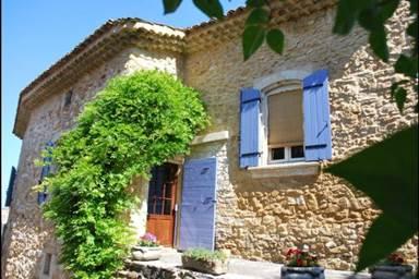 meuble-Saint-Victor-la-Coste1