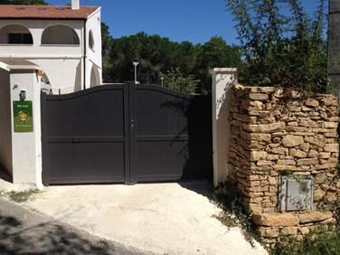 Gîte n°30G15102 – BAGNOLS SUR CEZE – location Gard