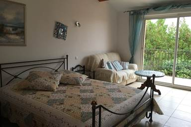 chambre-Aubais1