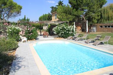 L'Amathye Le Mazet chambres d'hôtes avec piscine