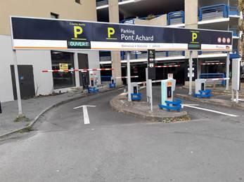 Parking Effia