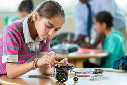 Atelier scientifique enfant - Véhicule à énergie solaire