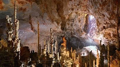 GRAND SITE DE L'AVEN D'ORGNAC Grotte & Cité de la Préhistoire