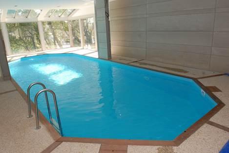 Le Canville piscine chauffée couverte
