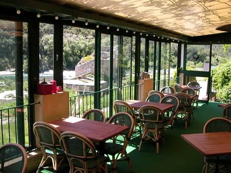 restaurant l'enclos proche pont du gard