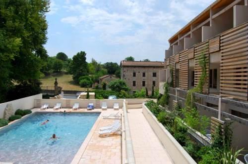 Residence GRAND BLEU LA CLOSERIE Piscine 2