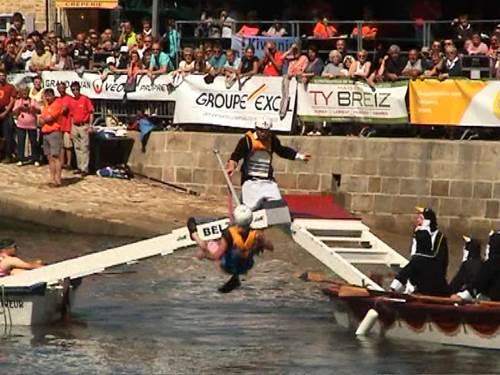 Water tournament on the Loch - Auray