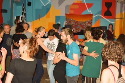 Le forró et la culture du Nordeste du Brésil. Conférence musicale, stage et bal.