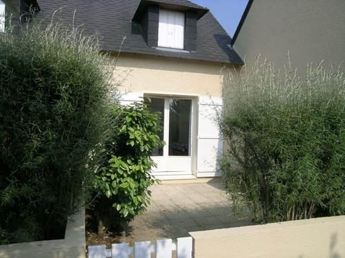 Square Habitat Etel - Maisonnette avec Piscine - 4286