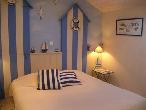 CHAMPEVAL Marianne (chambre bleue)